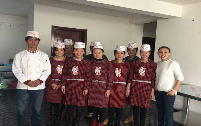Teaching Girls to Be Chefs and Changing Their Lives in Rural China