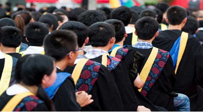 Chinese Students Seek New Skills for a New Economy